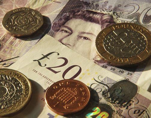 О фунте стерлингов, швейцарском франке и канадском долларе